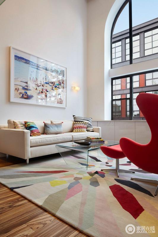 多角度想象色彩,洋溢着这个室内空间的气息。