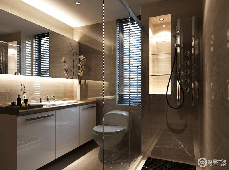 卫浴间面积有限,但是设计师以实用为宗旨,将淋浴房利用玻璃框建起来,通透中不乏空间感;白色烤漆盥洗台简洁实用,而悬挂镜以时尚、简约令卫浴间愈显质感。