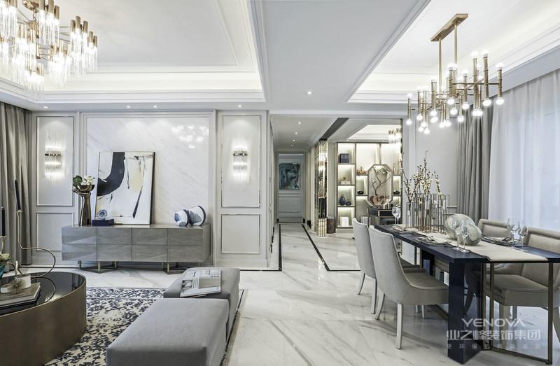 中式风格设计理念之中式空间对于家居装修中的中式风格来说,要体现其传统的中式风格,还是需要通过对于房屋中的空间感来设计。对于建筑的设计是一种装修风格的主要体现,传统中式风格的居室主要包含厅堂、卧室和书房等三个主要区域。室内的空间需要达到一个平衡的设计,同时典型的中式风格也很讲究隔断的处理,此外还需要有阴阳平衡和气场圆通等主要的设计理念。